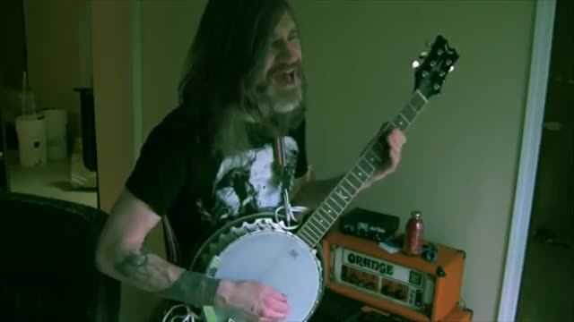 Saturnine banjo cover. join list: GavMusic (46 subs)Mention History Original is by Electric Wizard. This dude's yt channel below .. damn i wanna see this in some space cowboy sci-fi series . i like it