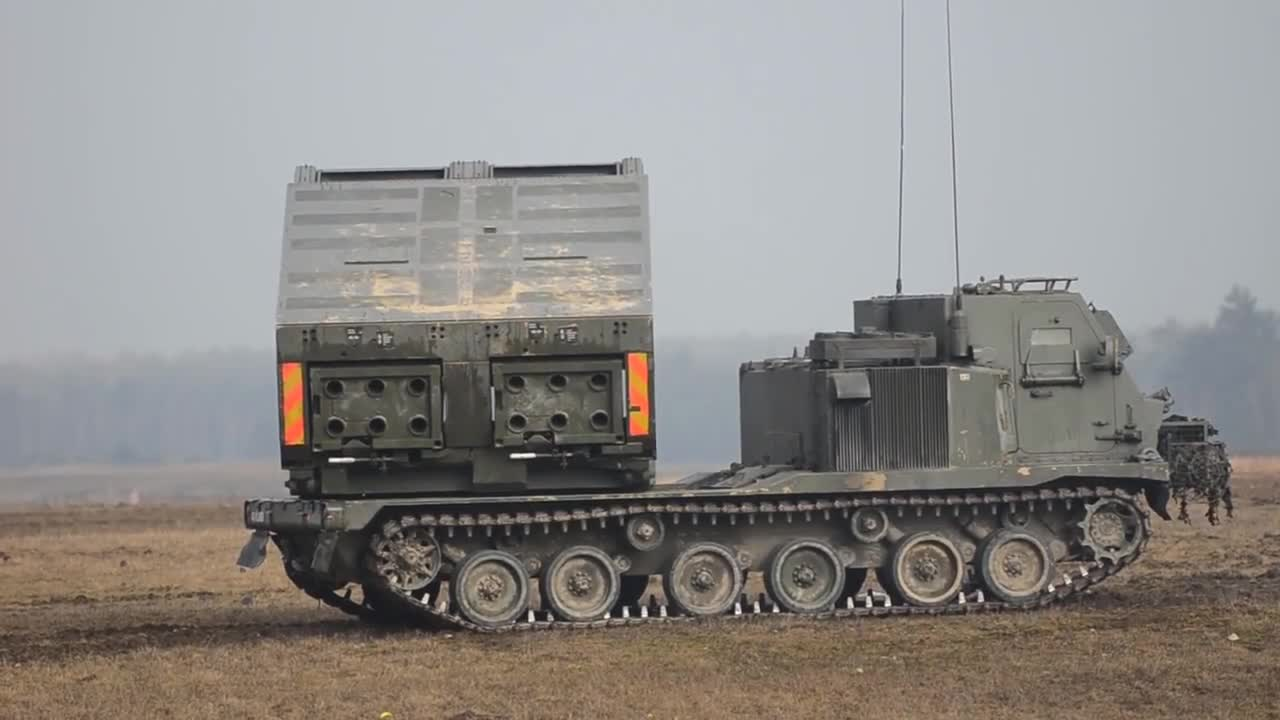NATO Artillery in Germany, exercise Dynamic Front 2018. .. Germany REALLY needs to spend more money on thier military. We expect the help of the big boys when goes down. It's reasonable for the others to expect us to ke
